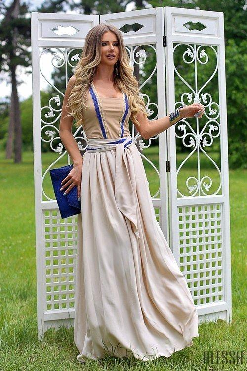 Дълга пола в бежово от луксозна ацетатна коприна