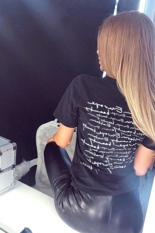 Eastern Europe Beauty t-shirt - back черна