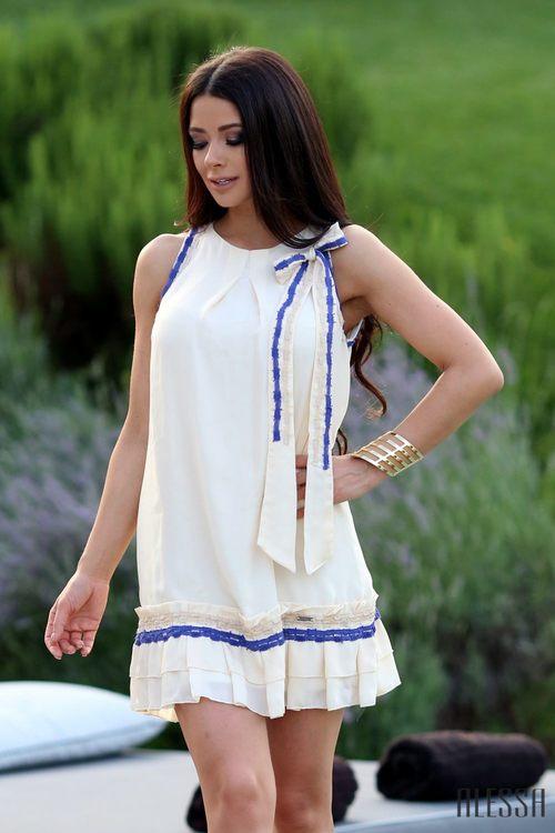 Кукленска рокля от ацетатна коприна