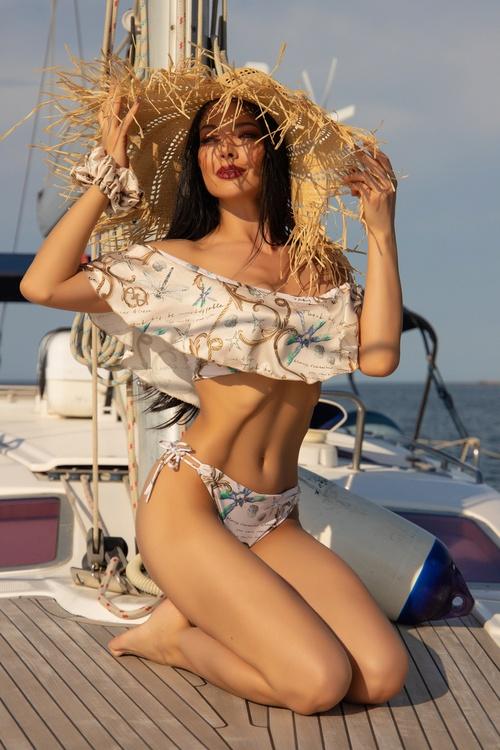 All I Want Is A Yacht Бански ruffles - Beige