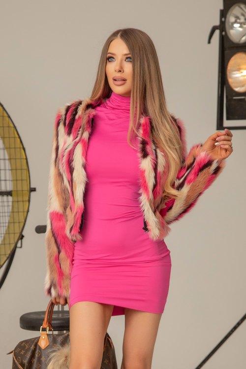 I'm into you топло палтенце от еко косъм - розово