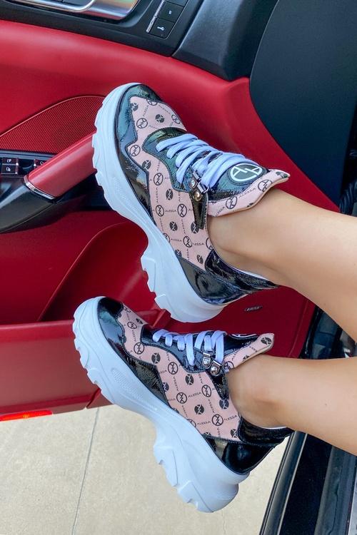 Alessa religion sneakers