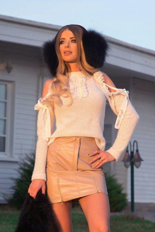 So typical мек пуловер от релефно плетиво - екрю