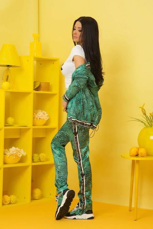 Can't ignore you панталон - зелен принт