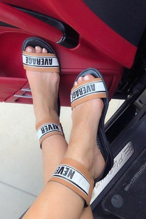 Never average ниски сандали - 3 цвята