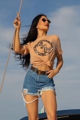 Alessa Luxury Logo T-Shirt - Nude - Изображение 4