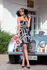 Alessa catwalk рокля от дантела - черна