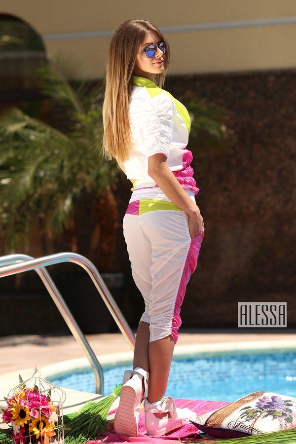 Панталон с дължина 7/8 в бяло, зелено и розово - Изображение 2