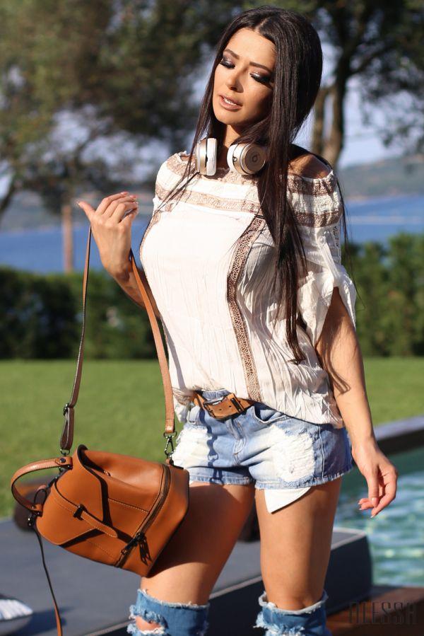 Бохемска блуза с голи рамене и дантела