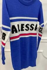 NA пуловер-рокля от плетиво - син